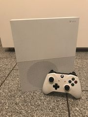 Xbox One 500 GB Controller