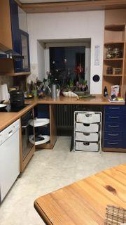 Schöne Einbauküche in top Zustand