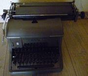 Urania Schreibmaschine Nostalgie Ostalgie DDR