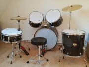 Schlagzeug Set X-Drum mit Hocker