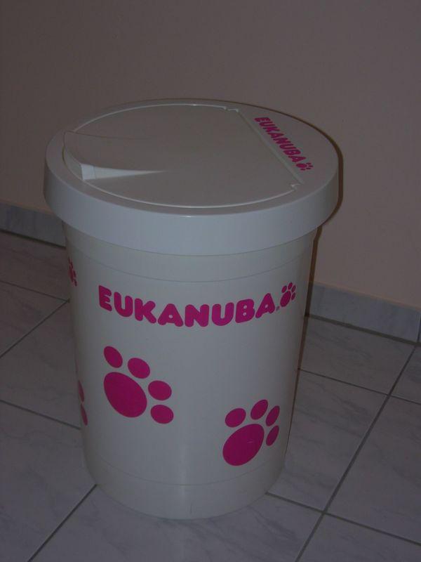 Eukanuba Futtertonne