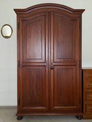 Garderobenschrank - Massivholz