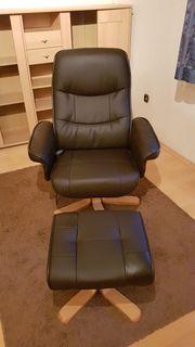 Massagestuhl-Fernsehsessel mit Hocker