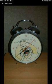 Sehr großer Simpsonwecker