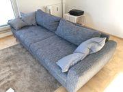 Großes Sofa skandinavisches Design blau-grau