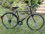 Solides 28er Hercules Trekking Fahrrad