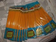 Bleistifte mit Radierer