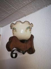 Rustikale Lampen aus Holz mit