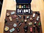 Sammlung von 40 Feuerzeugen