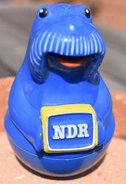 Alte Aufstehfigur Walross NDR - Werbefernsehen