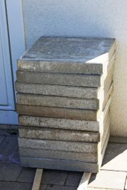 10 Gehwegplatten Beton