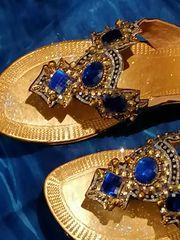 Sandaletten Gold mit Verzierung Gr