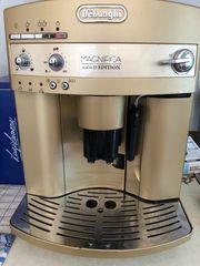 Kaffeemaschine von Delonghi