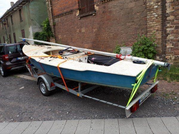 Schwertzugvogel Segelboot