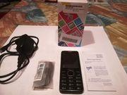 Verschiedene ältere Handys
