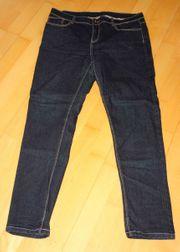 schöne schwarze Jeans Größe 44
