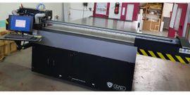 Plattendigitaldirektdruck mit UV-härtenden Tinten UV: Kleinanzeigen aus Dierdorf - Rubrik Sonstige Drucker, Plotter