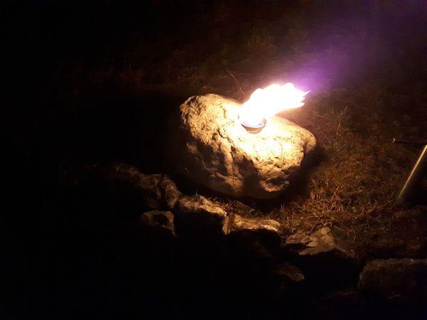 Brennender Stein Gartenlaterne Gartenbeleuchtung Ethanol