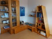 Wohnzimmerwand Massivholz ohne Inhalt