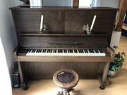 Klavier gegen Abholung in Stuttgart