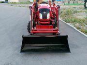 Allrad Traktor Frontlader Palettengabel Schmalspur