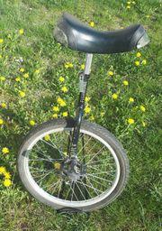 Einrad schwarz mit Ständer