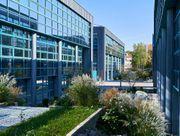 Renovierte Büroflächen in moderner Arbeitsumgebung