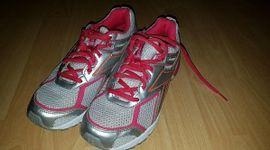 Schuhe, Stiefel - Damen Rebook Turnschuhe neu