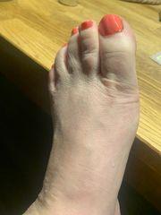 Füße Nagellack Gummistiefel