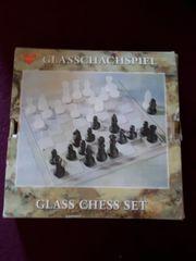 Schachspiel Glas