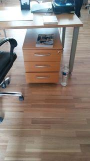 Büromöbel Schreibtisch Schränke Regale Rollcontainer