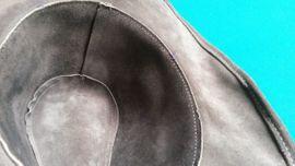 Designerbekleidung, Damen und Herren - Lederhut grau Gr M