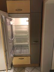 Einbaukühlschrank gut erhalten inklusive Küchenschrank