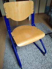 Mitwachsender Schreibtischstuhl