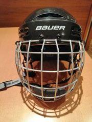 Eishockey Helm