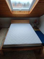 Massivholz Bett 140x200cm