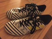 Fußball Hallenschuhe adidas zu verkaufen
