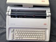 2 Schreibmaschinen 1 elektrisch AEG