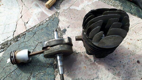 Vespa 50 Zylinder und Kurbelwelle
