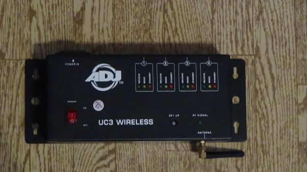 American Dj - UC3 Wireless Controller