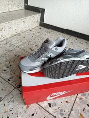 Nike AIR Größe 44