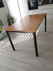 Hochwertiger massiver Schreibtisch