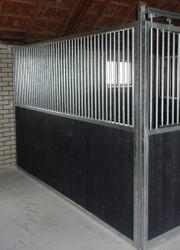 43 Trennwand Gentleman Combi Pferdebox