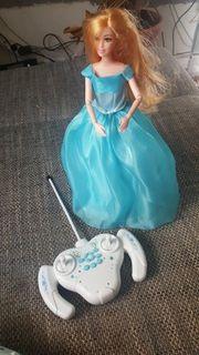 barbie mit fernbedienung