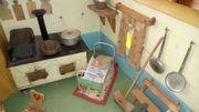 Alte Puppenküche