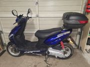 Roller Motorroller 50