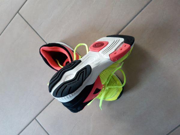 Hummel Handball-/Hallenschuhe Größe 37, für Jugendl. u.Erwachsene