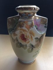 Nippon Vase Handbemalt Blumenmuster 22cm