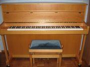 YAMAHA-Klavier