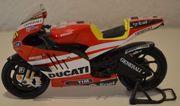 Valentino Rossi Motorrad Ducati 1